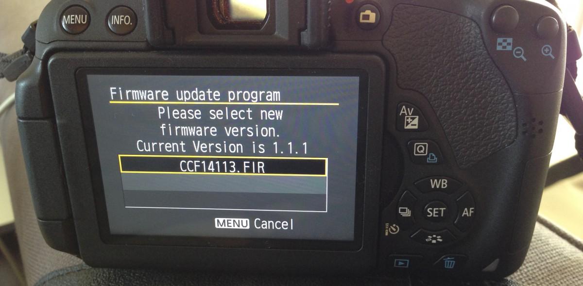 Comment mettre à jour le firmware du Canon EOS 700D ?