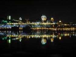 Québec skyline by night